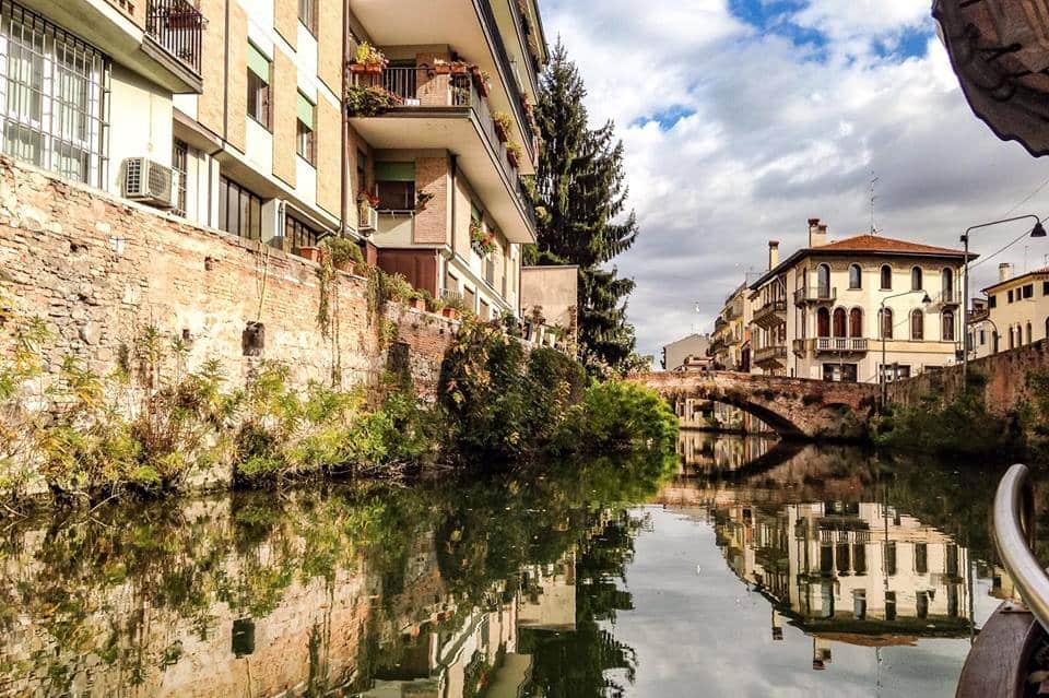 06-A_Padova_lungo_il_Naviglio_Interno