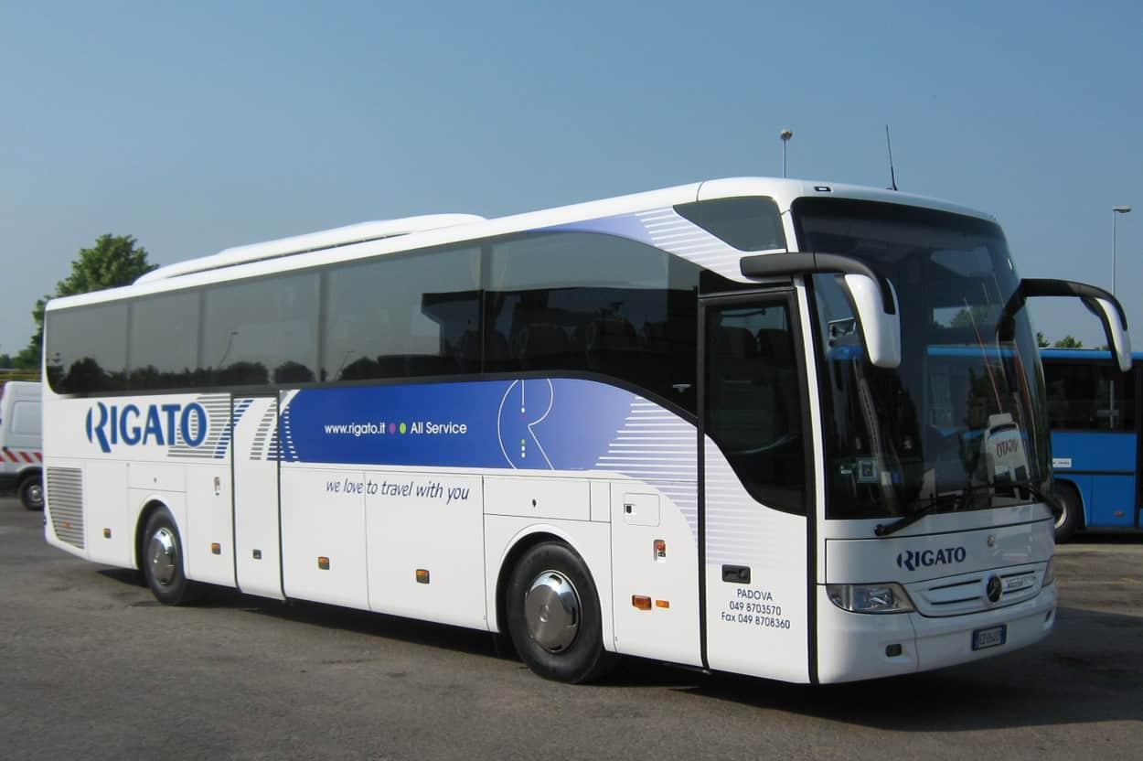 Mercedes Tourismo Rigato 53 posti