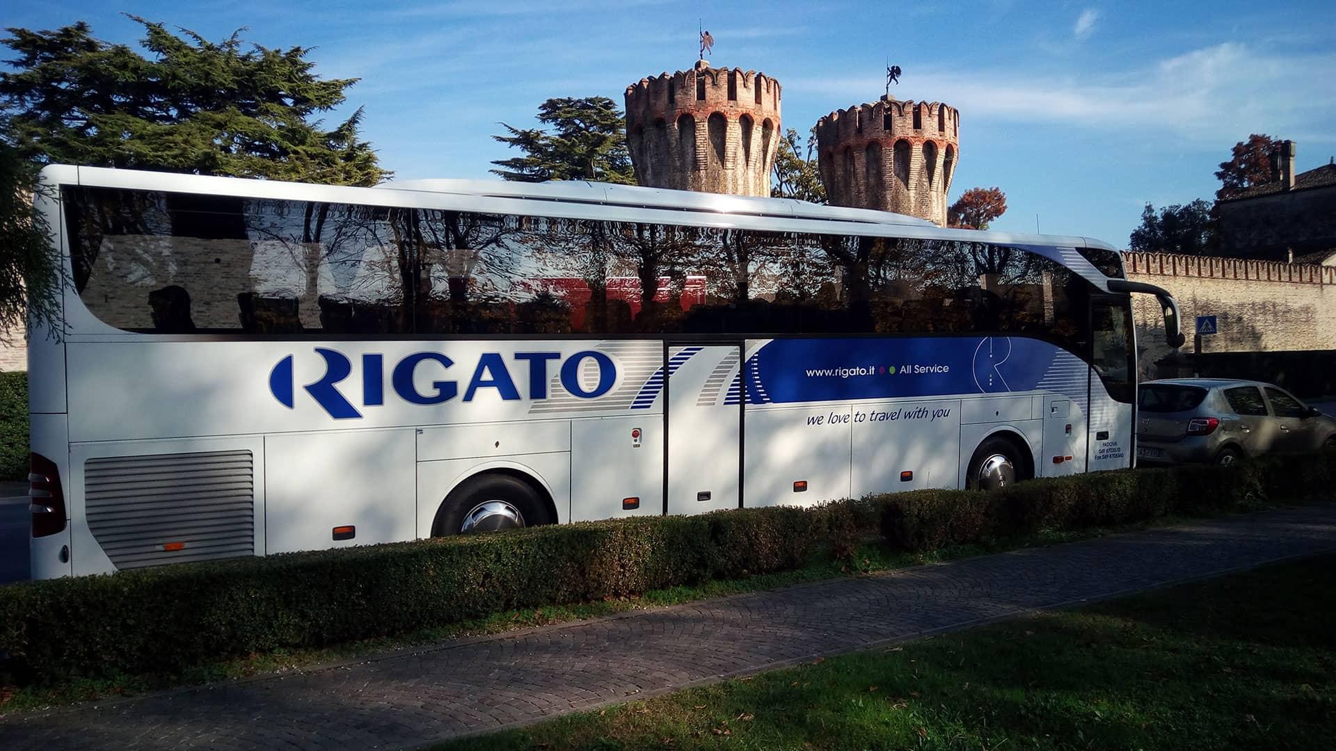 Rigato-Noleggio-Bus-1